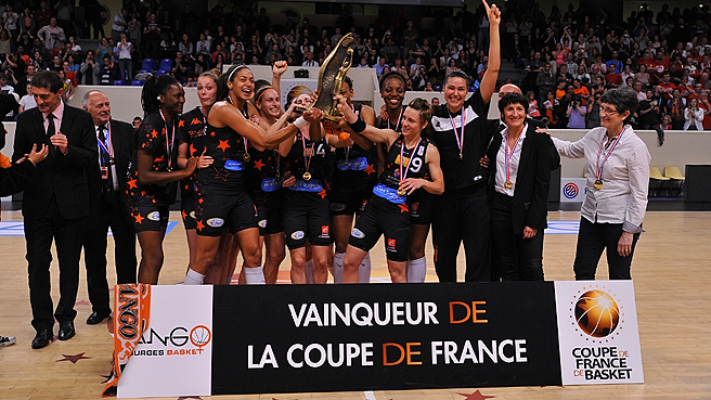 Bourges Win Cup, Lafargue Awarded